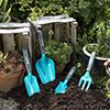 Gardena apresenta pequenas ferramentas combinadas para principiantes em jardinagem
