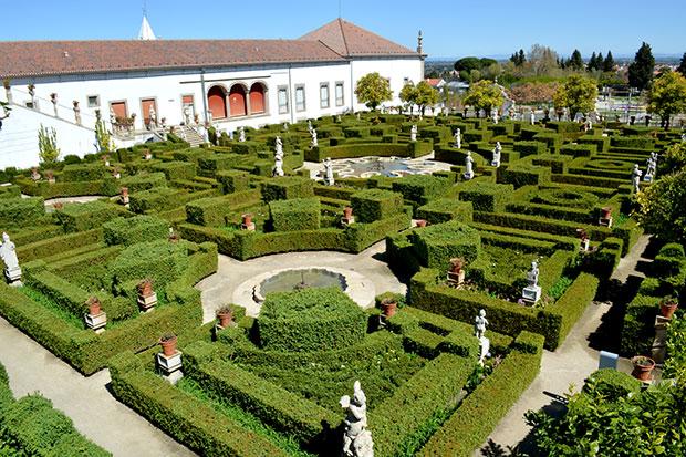 Pa o episcopal de castelo branco um exemplo do barroco for Jardines barrocos
