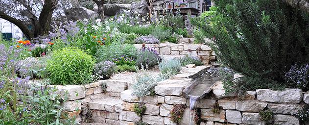Ideias para um jardim em declive  Portal do Jardimcom